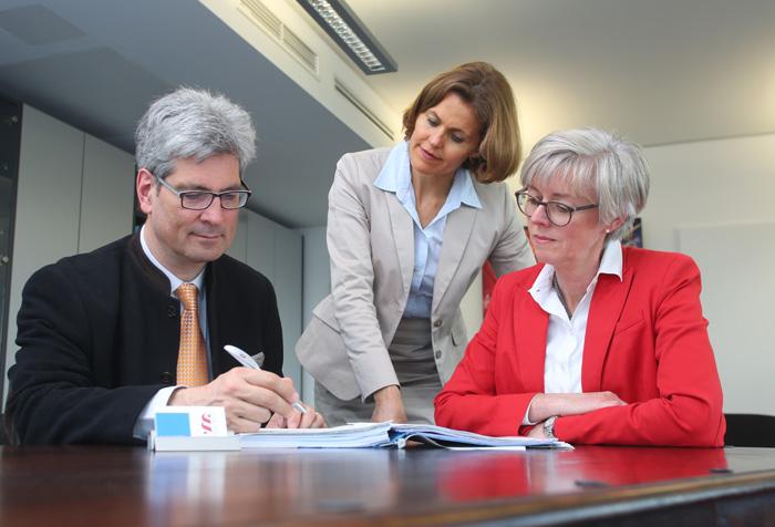 Arbeit und Soziales, Rechtsanwalt, mönchengladbach