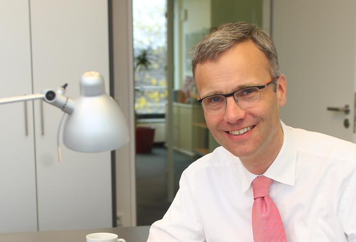 Dr. Carsten Christmann