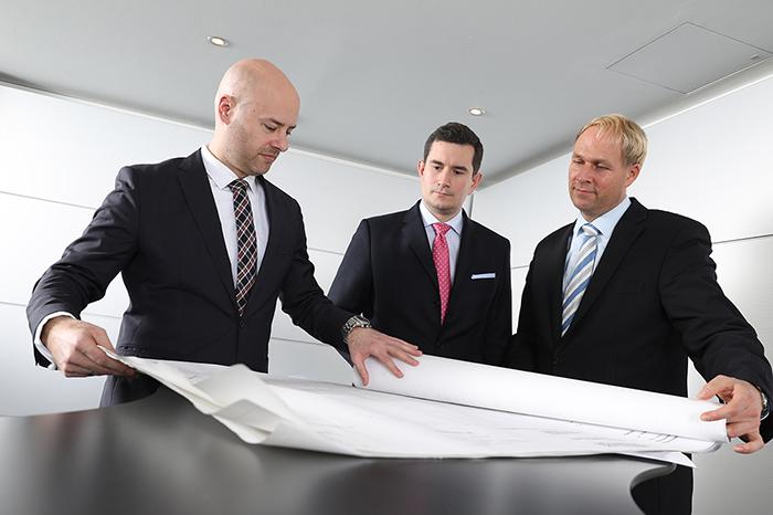 Bauwirtschaft und Immobilien, Rechtsanwalt, mönchengladbach، Dr. Lutz Hähle، Dirk Nießner، Maximilian Backes