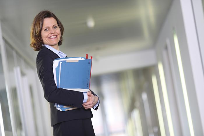Martina Schäckel, Dr. Backes + Partner Rechtsanwälte Mönchengladbach
